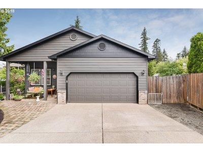 Sandy Single Family Home For Sale: 18177 Meinig Ave