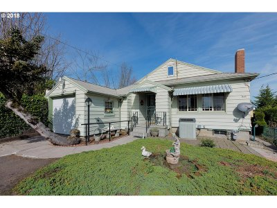 Portland Single Family Home For Sale: 225 SW California St