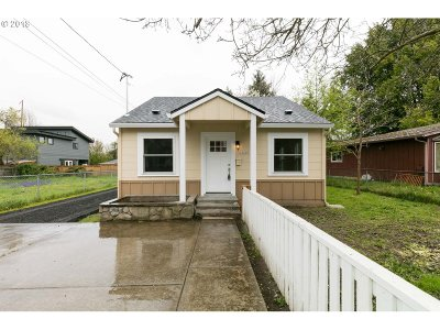 Portland Single Family Home For Sale: 10224 N Tioga Ave