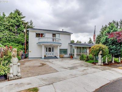 Portland Single Family Home For Sale: 11314 SE Pine Ct