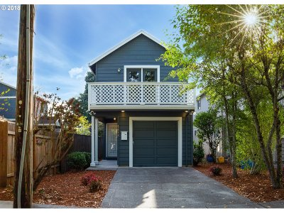 Portland Single Family Home For Sale: 6612 SE 89th Ave