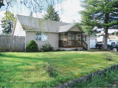 Coquille Single Family Home For Sale: 973 N Central
