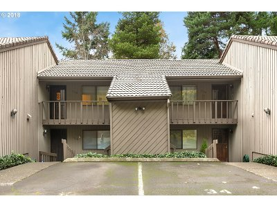 Beaverton Condo/Townhouse For Sale: 7130 SW Murray Blvd