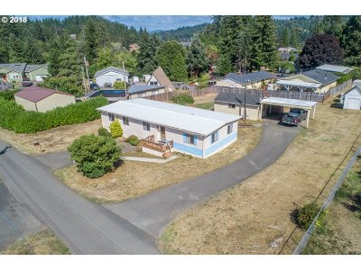 Coos Bay Single Family Home For Sale: 63117 Strawberry Rd