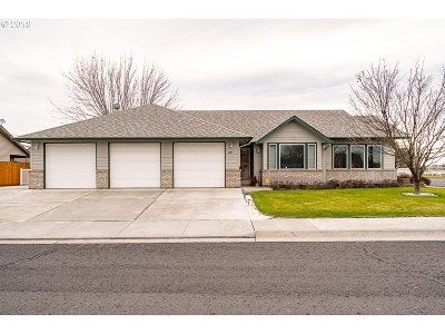 Hermiston Single Family Home For Sale: 105 SE Crestline Dr