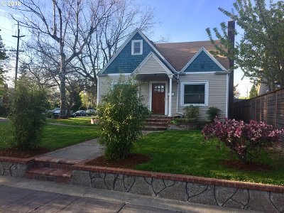 Portland Single Family Home For Sale: 123 N Ainsworth St