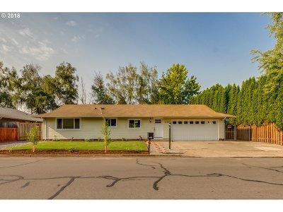 Gresham Single Family Home For Sale: 1125 NE 18th St