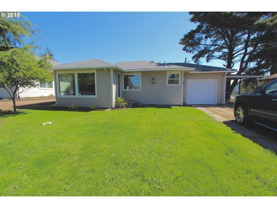 Coos Bay Single Family Home For Sale: 445 Dunn