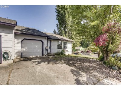 Lafayette OR Single Family Home Pending: $225,000