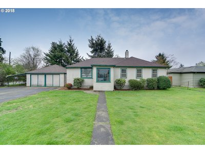 Single Family Home For Sale: 3028 NE 111th Dr