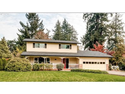 Eugene Single Family Home For Sale: 4529 Doyle St