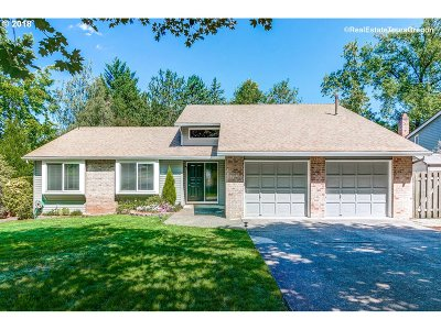 Beaverton Single Family Home For Sale: 12800 SW Scout Dr