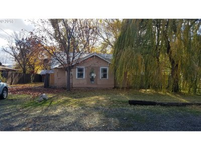 La Grande OR Single Family Home For Sale: $94,500