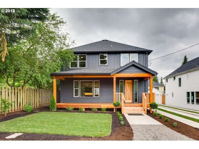 Portland Single Family Home For Sale: 8271 SW 46th Ave