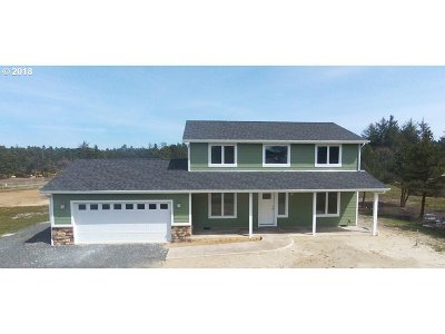 Bandon Single Family Home For Sale: 54579 Beach Loop Rd