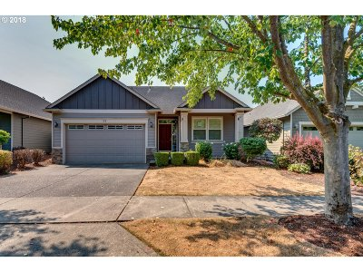 Woodburn OR Single Family Home Pending: $354,900