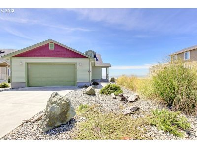 Gold Beach OR Single Family Home For Sale: $429,000