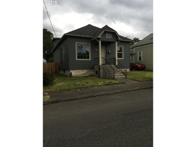 Oregon City Single Family Home For Sale: 436 Division St