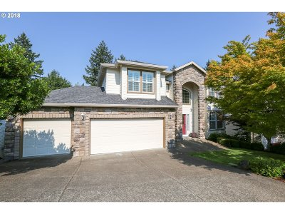 Tigard Single Family Home For Sale: 13241 SW Essex Dr