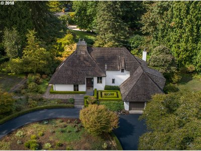 Portland Single Family Home For Sale: 01523 SW Mary Failing Ct
