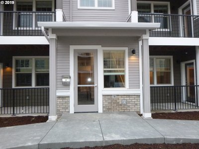 Sherwood Condo/Townhouse For Sale: 17193 SW Appledale Rd #301
