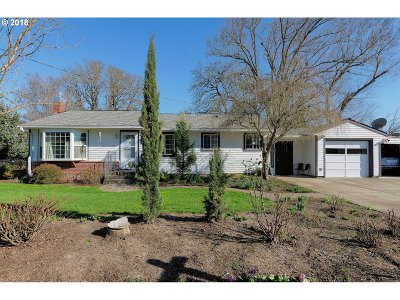 Newberg, Dundee, Mcminnville, Lafayette Single Family Home For Sale: 1112 Evergreen Dr