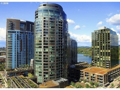 Condo/Townhouse For Sale: 3601 SW River Pkwy #1504