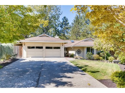 Beaverton Single Family Home For Sale: 9045 SW Pinto Ct