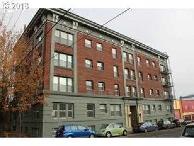 Portland Condo/Townhouse For Sale: 1631 NW Everett St #305