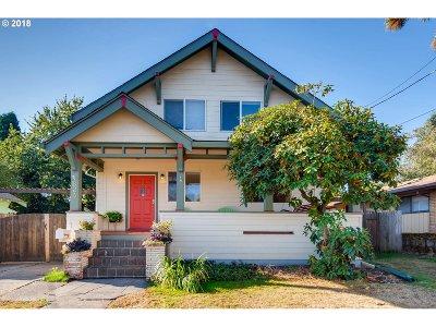Portland Single Family Home For Sale: 1824 SE Insley St