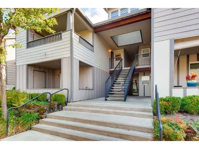 Vancouver Condo/Townhouse For Sale: 14019 NE 20th Ave #B17