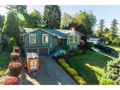 Gresham Single Family Home For Sale: 1430 SW 25th Ct