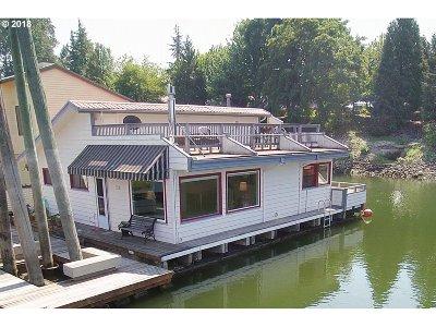 Multnomah County Single Family Home For Sale: 3939 N Marine Dr #24