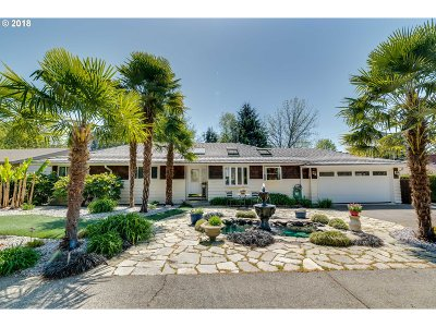Single Family Home For Sale: 5590 SW Dover Ln
