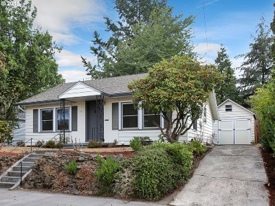 Portland Single Family Home For Sale: 34 NE 86th Ave