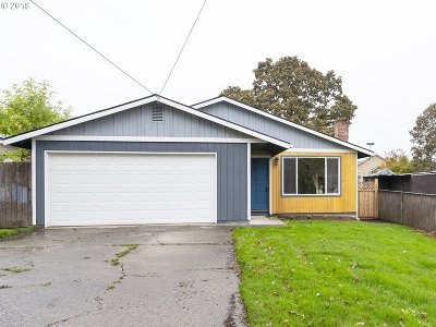 Milwaukie Single Family Home For Sale: 5226 SE Boardman Ave
