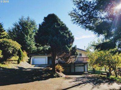 North Bend Single Family Home For Sale: 96319 Shutter Crk Ln