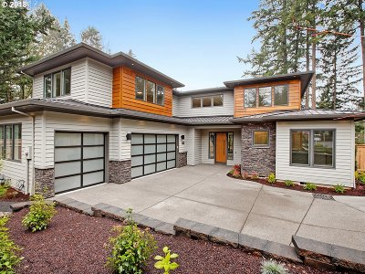 Lake Oswego Single Family Home For Sale: 18977 Pilkington Rd
