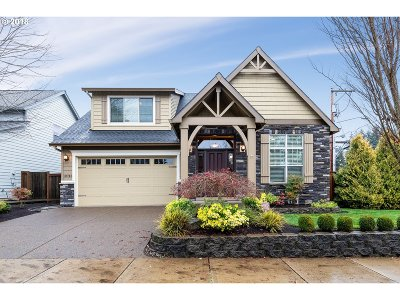 Oregon City Single Family Home For Sale: 12745 Swallowtail Pl