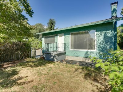 Single Family Home For Sale: 7712 SE 45th Ave