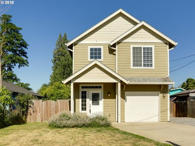 Camas Single Family Home For Sale: 627 SE Union St