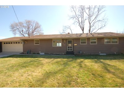 Pendleton Single Family Home For Sale: 1230 NW Horn Ave