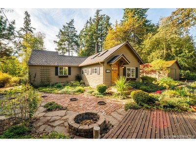 Lake Oswego Single Family Home For Sale: 4858 Madrona St