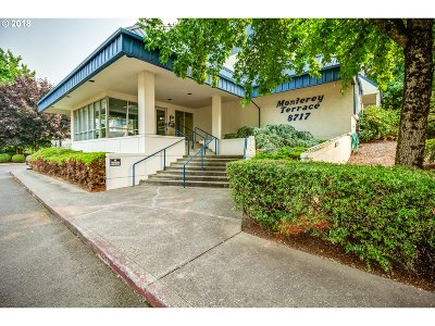 Milwaukie, Clackamas, Happy Valley Condo/Townhouse For Sale: 8717 SE Monterey Ave #305
