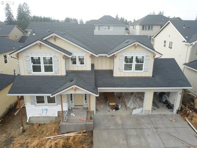 Tualatin Single Family Home For Sale: 19983 SW 62nd Ter #HS 19