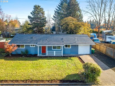 Forest Grove Single Family Home For Sale: 1405 Madrona Ln
