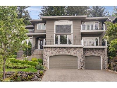 West Linn Single Family Home For Sale: 2285 Crestview Dr