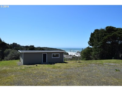 Gold Beach Single Family Home For Sale: 33395 Ophir Rd