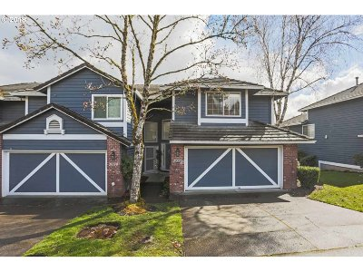 West Linn Single Family Home For Sale: 2056 Sunray Cir