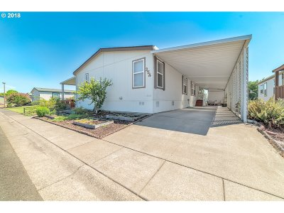 Eugene Single Family Home For Sale: 1699 N Terry St #354